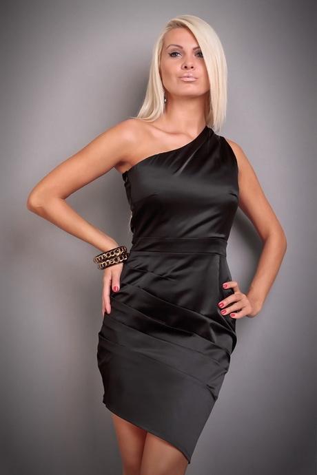Schwarzes kleid hochzeitsgast