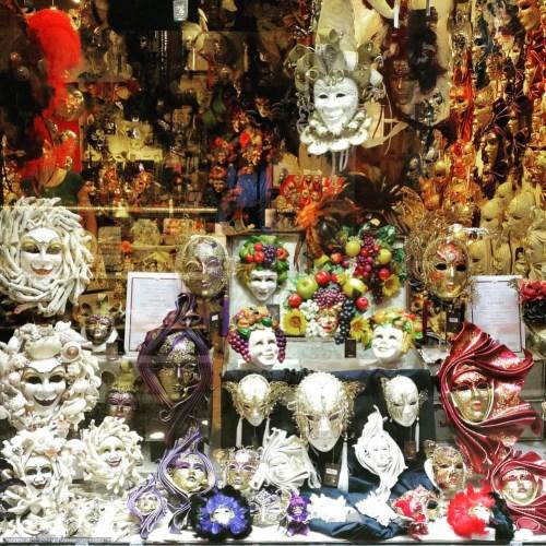 Maskenladen in Venedig
