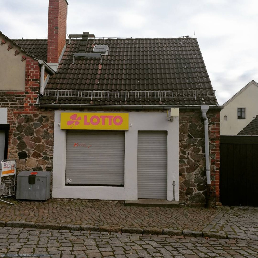 Newspaper Store in Alt-Marzahn