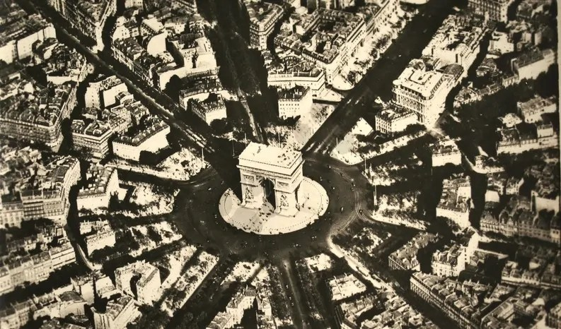 Place de L'Etoile, Postkarte, 1922; Quelle: ma-planete.com