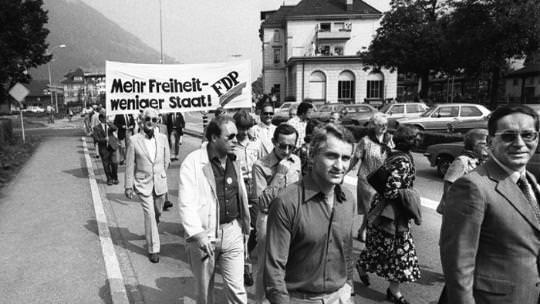 Umzug zur Eröffnung des FDP-Parteitags im September 1979 in Brunnen (Quelle: nzz.ch)