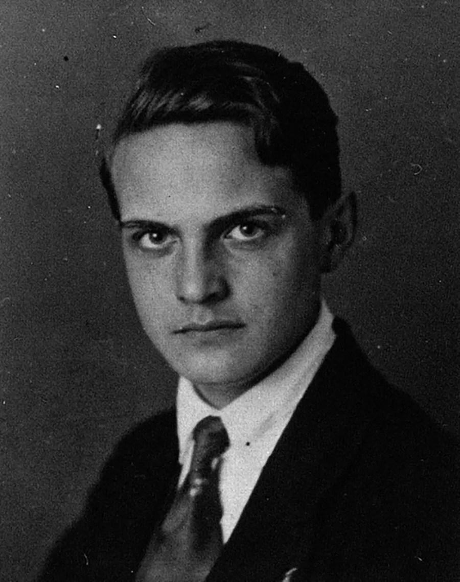Sebastian Haffner, ca. 1939; Quelle: peter-adler.de