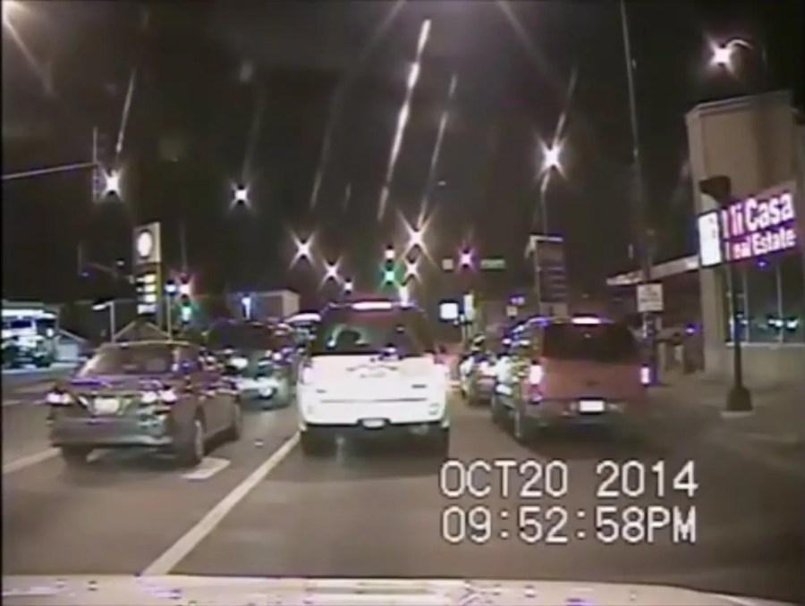 Filmstill aus Polizeikamera, Chicago, 20. Oktober 2014; Quelle: Chicago Police Department