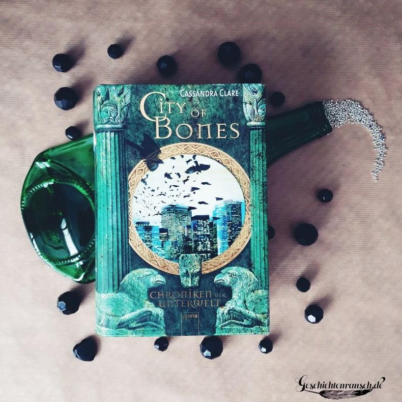 Cover von City of Bones von Cassandra Claire.j