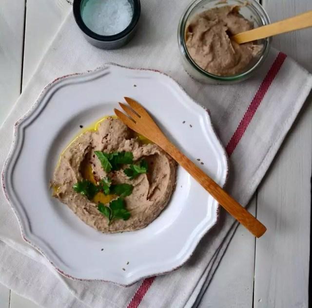 Kichererbsen-Bohnen-Hummus