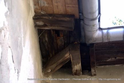 Bauschadensbericht: Kaputter Dachkasten
