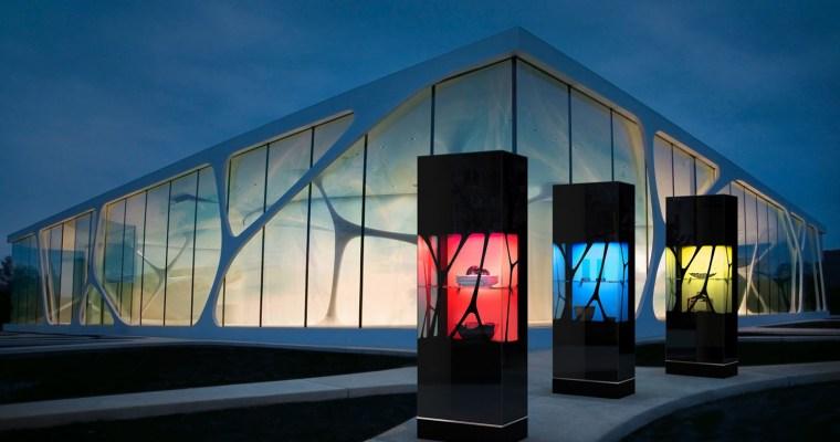 CUBE von LEONARDO living: Organisches Fassadendesign trifft auf moderne Architektur