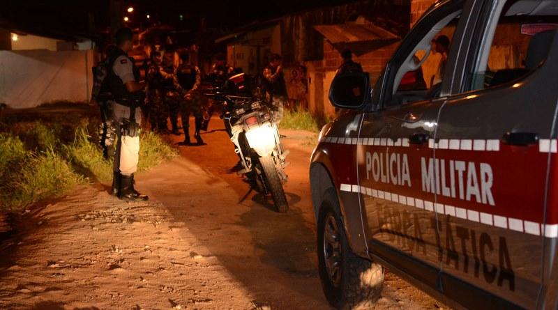 Polícia Militar prende suspeito que assaltou farmácia para ostentar dinheiro em bebedeira na cidade de Sapé