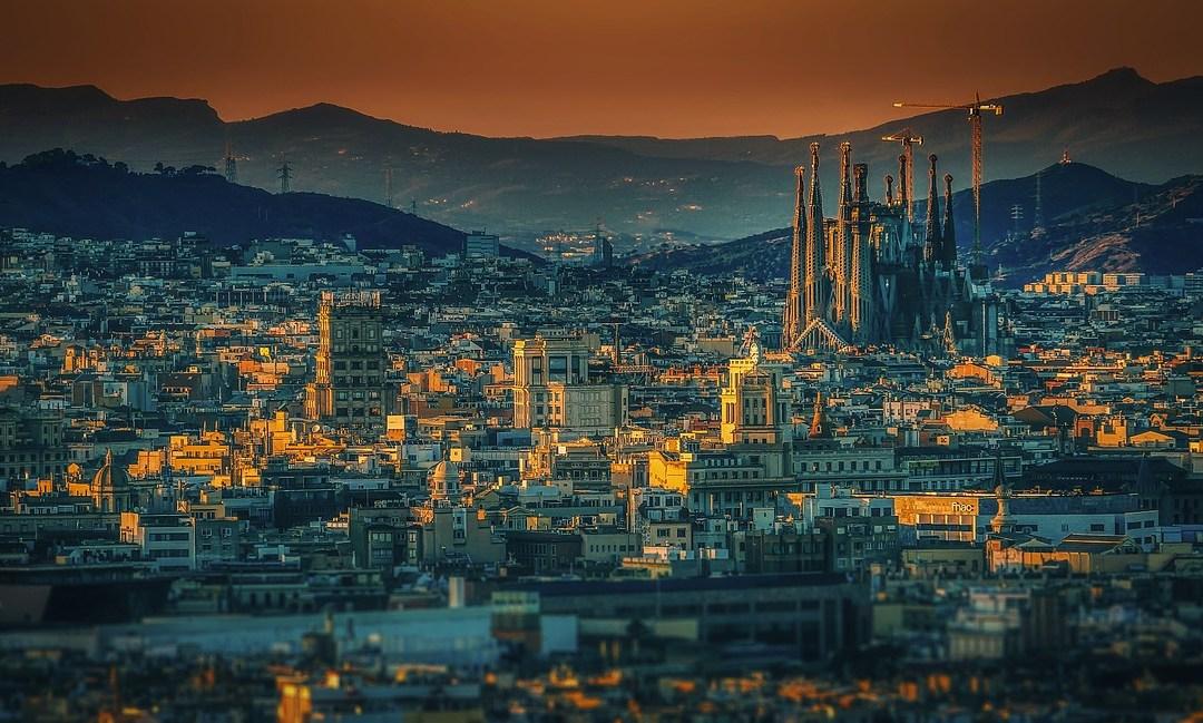 Aprire attività a Barcellona: Di chi non ti devi fidare