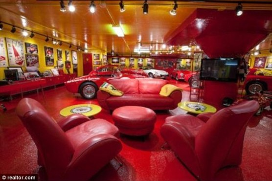 Ultimate Man Cave Garage