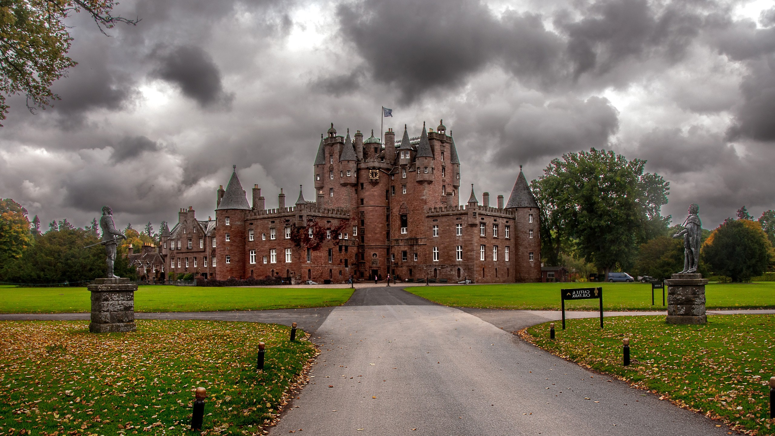 Fall Colors Wallpaper New England Wallpaper 2560x1440 Px Architecture Castle Clouds
