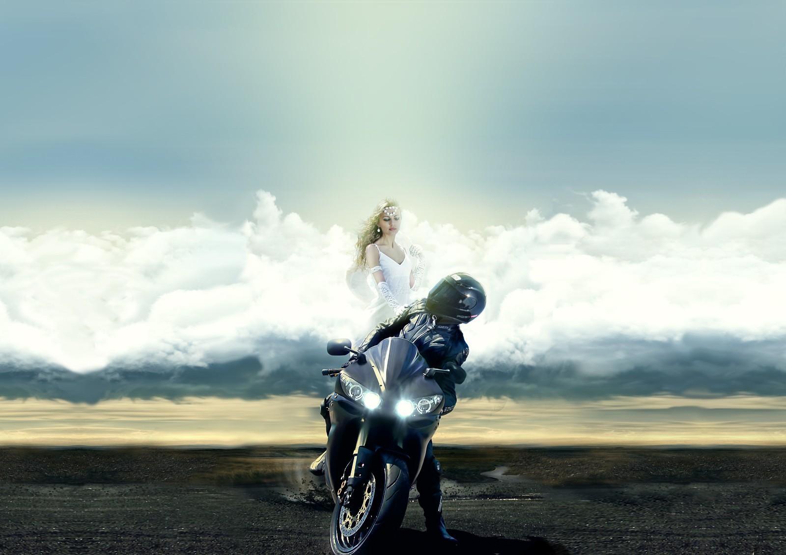 Girl On Motorcycle Desktop Wallpaper Hintergrundbilder Motorradfahrer Schutzengel Wolken