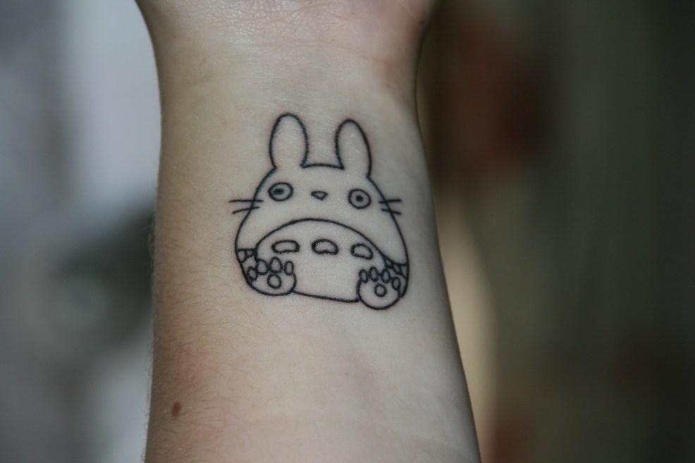 обои татуировка палец рука Temporary Tattoo дизайн шрифт
