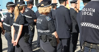 Agentes de la policía local denuncian la prohibición de la Jefatura para coger días libres en Navidad
