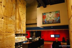 04-Mona Museum 11-1-2011 7-27-15 PM