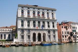 Venice Italy 6-6-2010 5-24-03 AM 3872x2592
