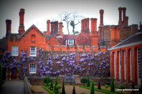 24-Hampton Court Palace 5-3-2012 11-27-07 AM