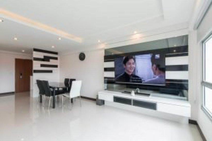 Awesome living hall interior design ideas #minimalistinteriordesign #modernminimalisthouse #moderninteriordesign
