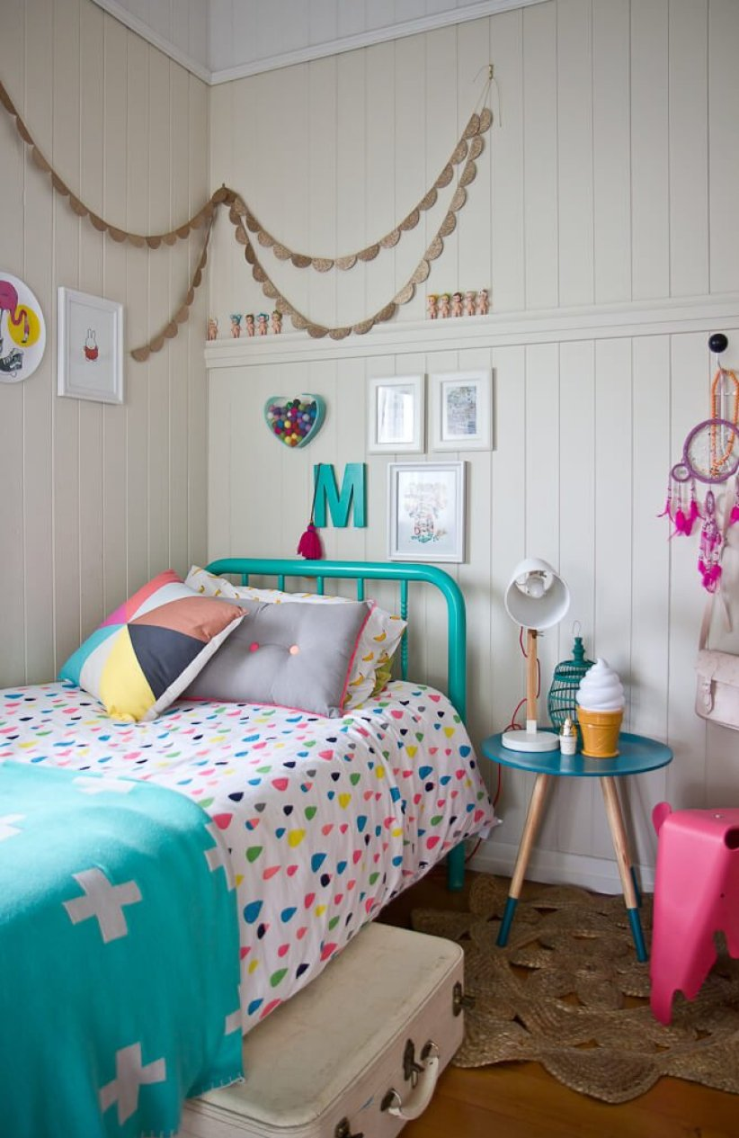 Amazing cheap ways to decorate a teenage girl's bedroom #cutebedroomideas #bedroomdesignideas #bedroomdecoratingideas