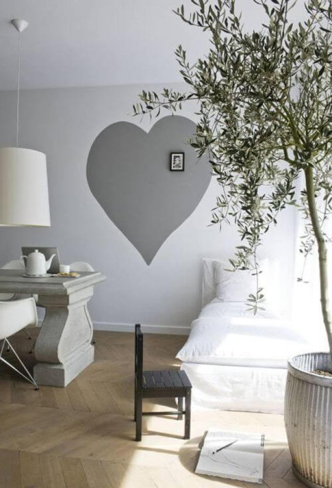Colorful black and white wall art #wallpaintingideas #wallartpaintingideas