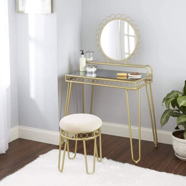 Awesome makeup studio room ideas #makeuproomideas #makeupstorageideas #diymakeuporganizer