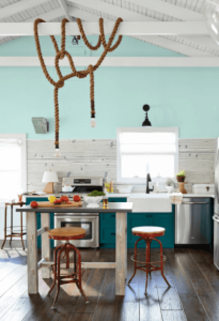 Beautiful kitchen paint ideas with wood cabinets #kitchenpaintideas #kitchencolors #kitchendecor #kitcheninspiration