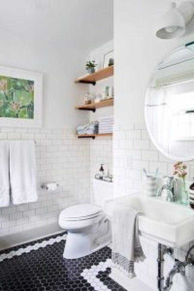 Awesome tiles for small bathroom floor #bathroomtileideas #bathroomtileremodel