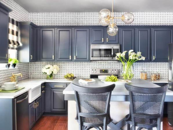 Nice cabinet refacing doors and drawers #kitchencabinetremodel #kitchencabinetrefacing