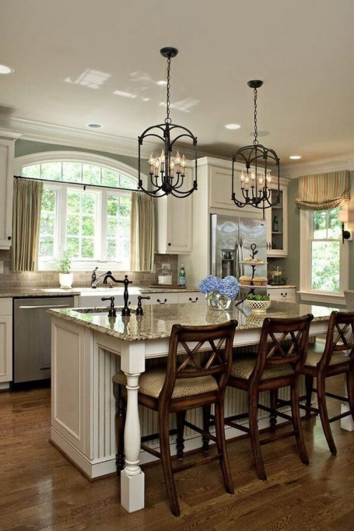 Lovely lighting above kitchen island #kitchenlightingideas #kitchencabinetlighting