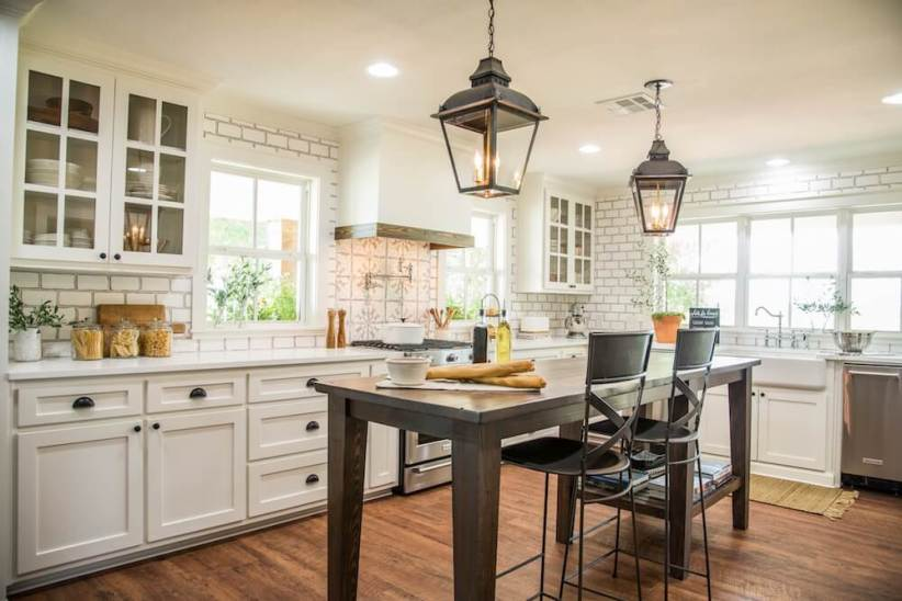 Great affordable kitchen light fixtures #kitchenlightingideas #kitchencabinetlighting