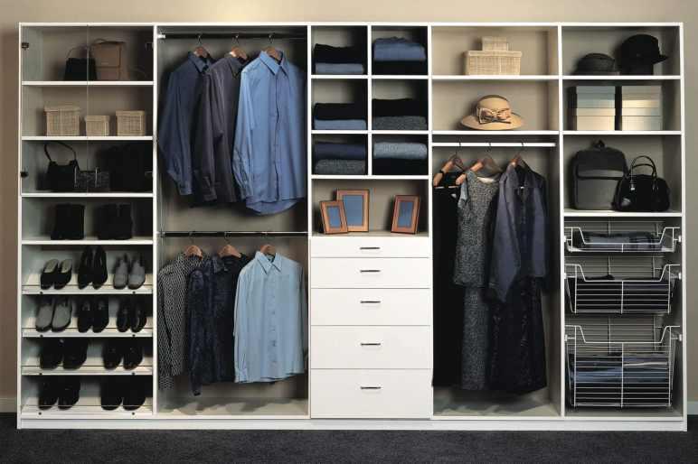 Brilliant organize your closet #walkinclosetdesign #closetorganization #bedroomcloset