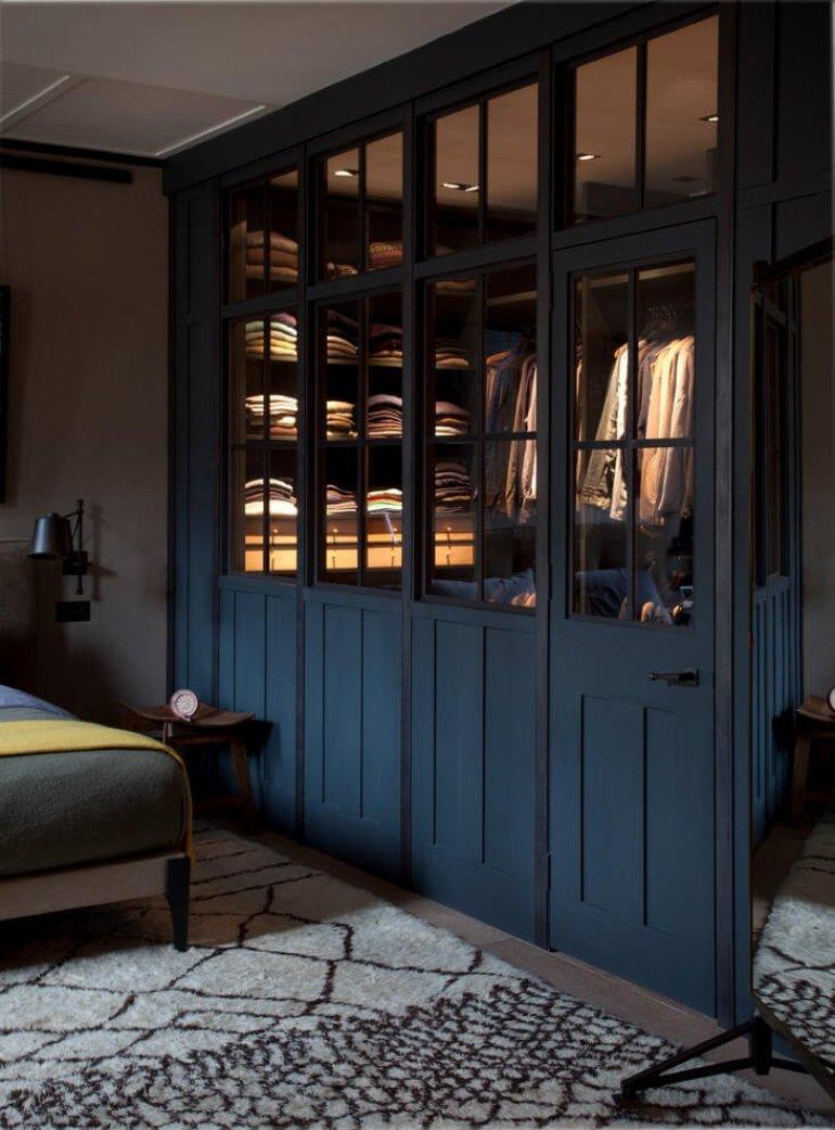 Unbeatable corner closet organizer #walkinclosetdesign #closetorganization #bedroomcloset