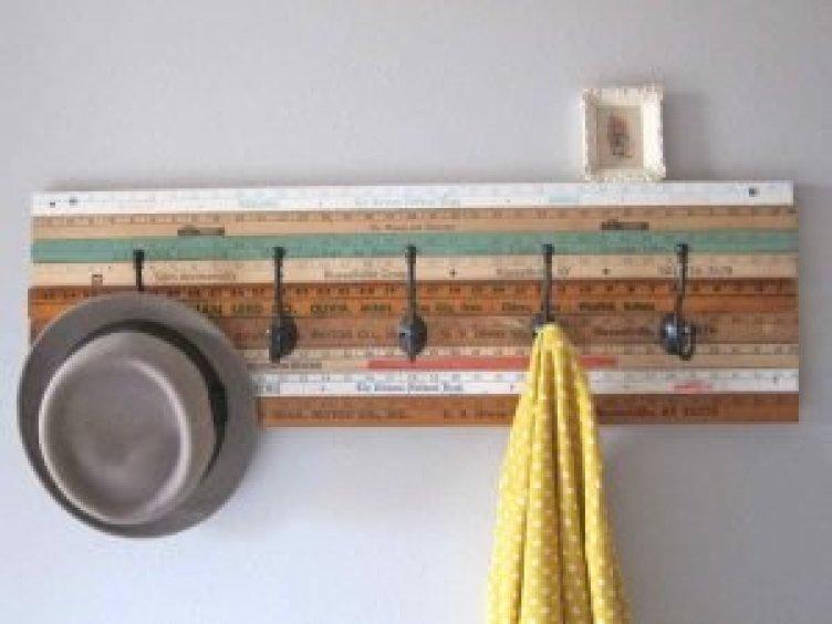 Astounding diy hat hanger #diyhatrack #hatrackideas #caprack #hanginghatrack