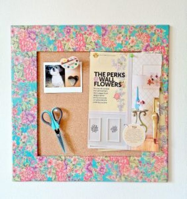 Marvelous cork board headboard diy #corkboardideas #bulletinboardideas #walldecor