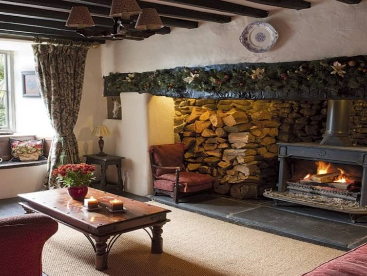 Breathtaking corner gas fireplace surround ideas #cornerfireplaceideas #livingroomfireplace #cornerfireplace