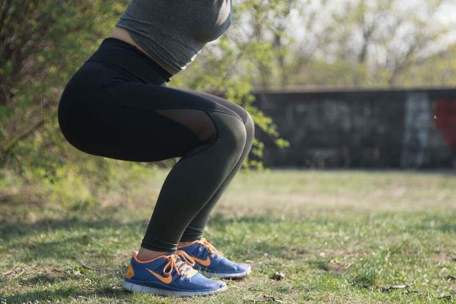 4 Amazing Ways On How To Do A Squat Healthily