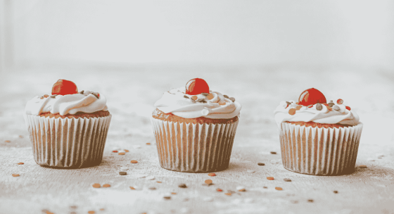 Baking 101: Make Your Own Cupcakes In 7 Simple Steps