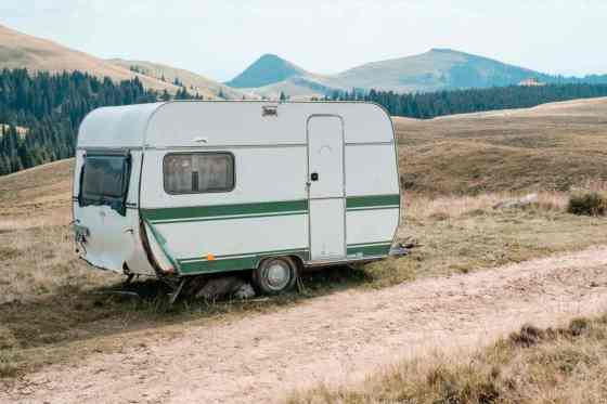 How to Choose a Camping Trailer? Factors To Consider