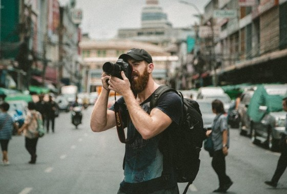 How to Travel As a Photographer? An Ultimate Guide
