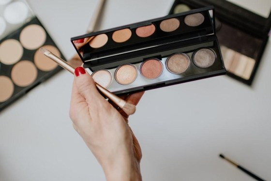 Easy Tips To Set Your Makeup – Get A Flawless Look