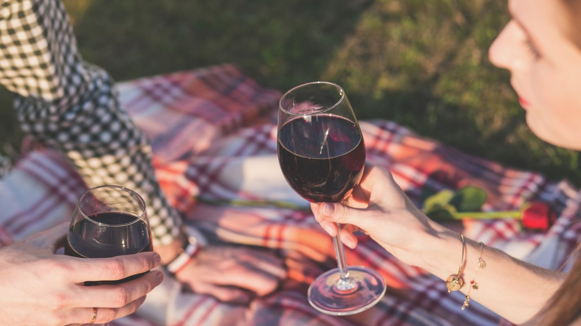 Eat and drink differently on your first date