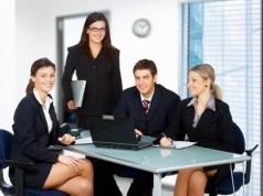 Nhân viên kinh doanh hạng A đưa ra giải pháp