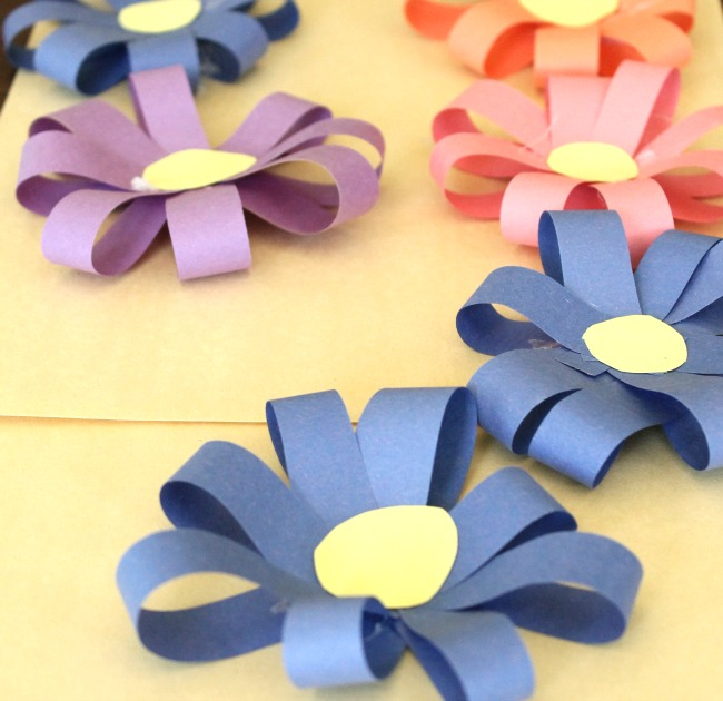DIY PAPER FLOWER CROWNS MAKE YOUR OWN CROWN PAPERCRAFT | Bespoke ... | 630x650