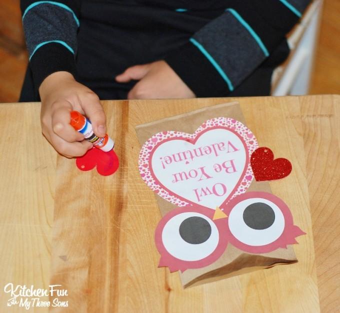 Paper Bag Valentine Crafts Valentine Owl Paper Treat Bag Free Printable Valentines Day Craft 680x625 paper bag valentine crafts  getfuncraft.com