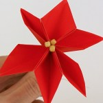 Paper Poinsettia Craft Paper Poinsettia Flower Crafts paper poinsettia craft|getfuncraft.com