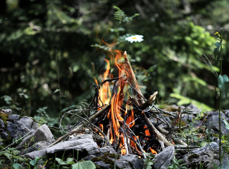 Keep Campfires Small - photo by Mathias Erhart