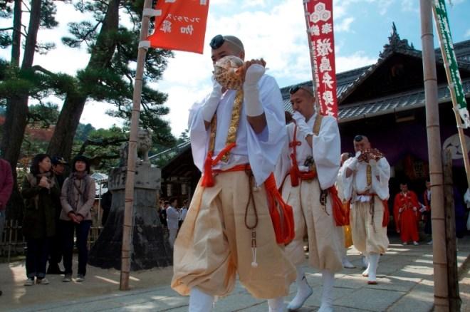 daiganji-hiwatari-ritual-03