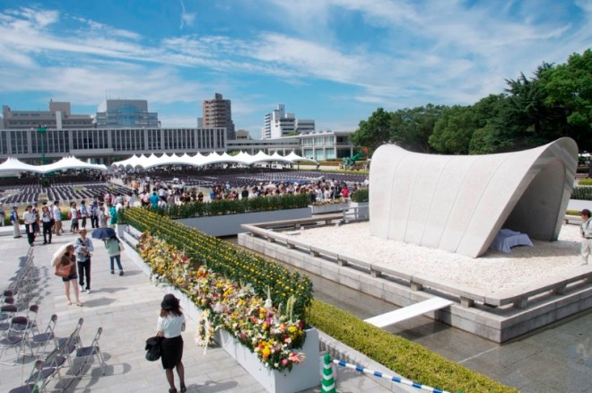hiroshima-day-august-6-2012-29