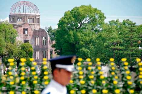 hiroshima-day-august-6-2012-27