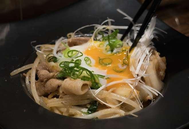 Buta-kimchi-ontama-nose at Micks